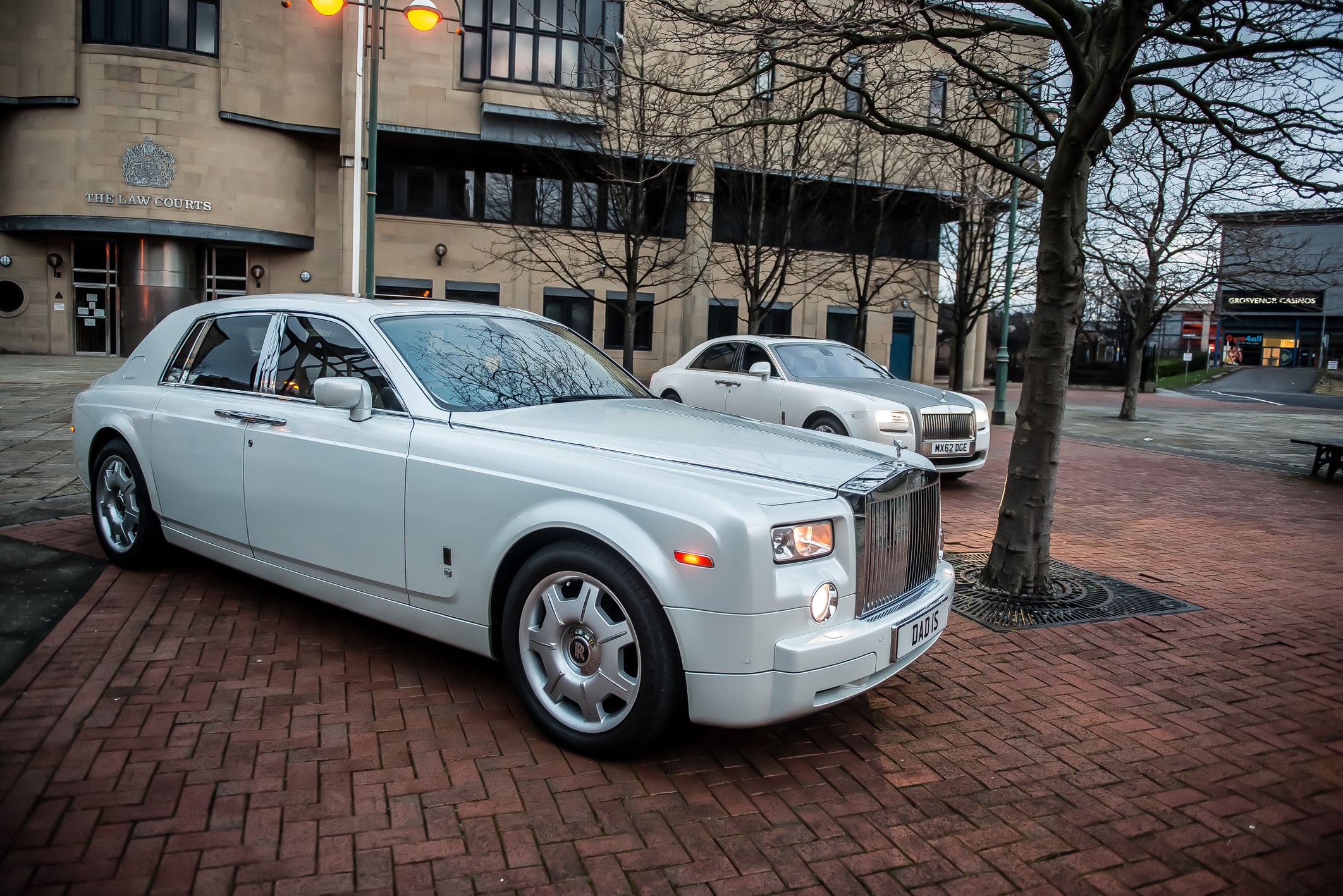 Platinum Rolls Royce Phantom Hire Halifax